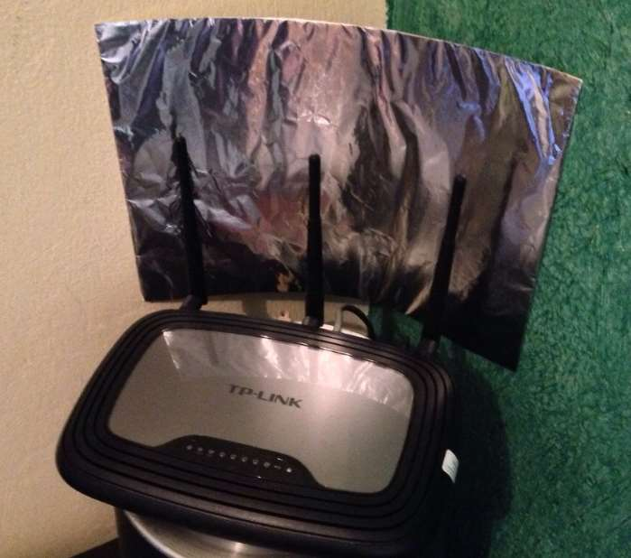 How To Boost Wifi Signal With Aluminum Foil