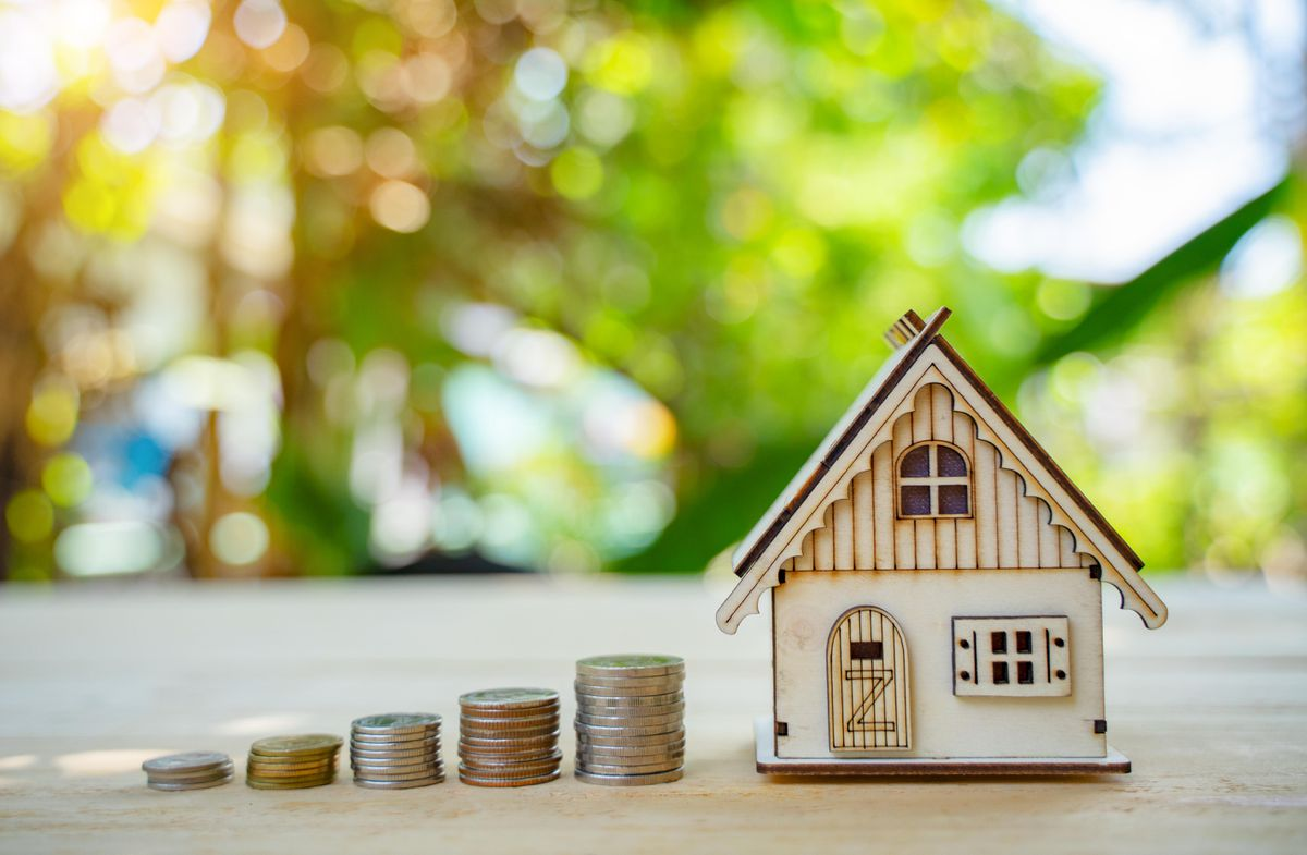 Costs Homeowners Face When Selling a House